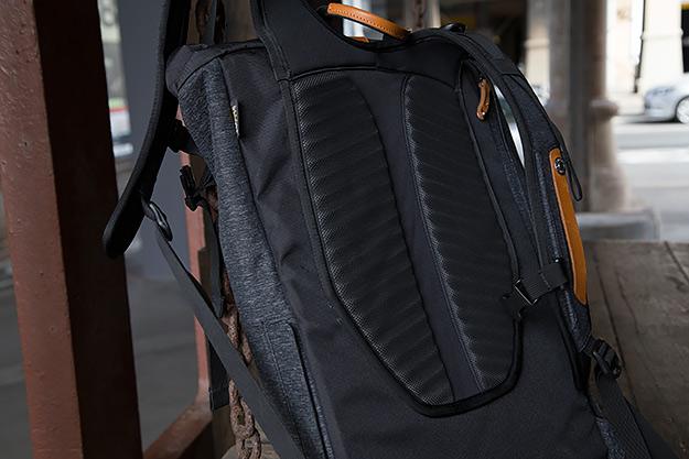 Levi commuter bag